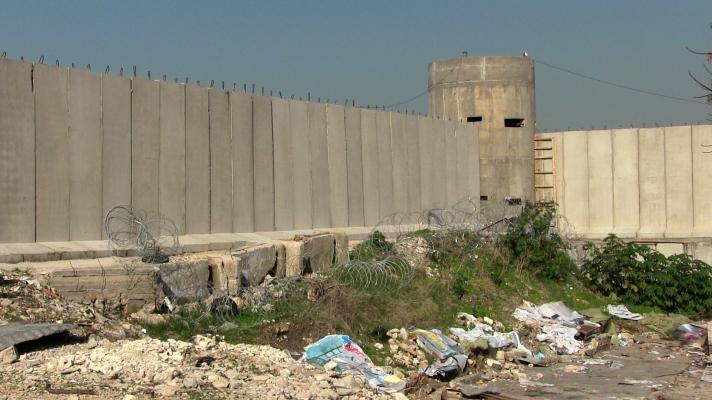 Nuevo muro en Ein El Hilweh